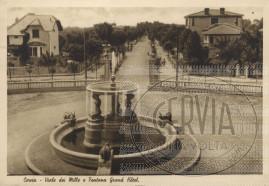 Viale dei Mille e Fontana Grand Hotel Cervia