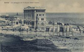 Cervia - La spiaggia ed il Grand Hotel Cervia