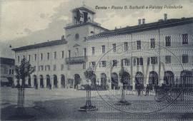 Cervia - Piazza G. Garibaldi e Palazzo Podestarile